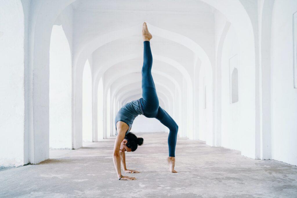 YOGA ve Yoga Kültürünün derin dünyasına ilişkin bu yıl sizlerle daha fazla birlikte olmayı hedefliyorum..